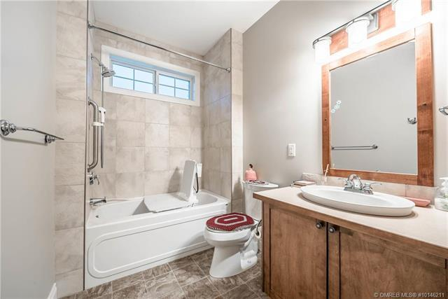 #303 9100 Mackie Drive, - Coldstream Row / Townhouse for sale, 2 Bedrooms (10146211) #15