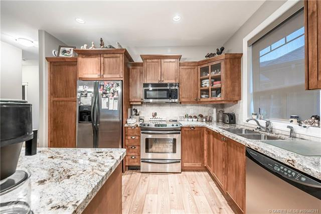 #303 9100 Mackie Drive, - Coldstream Row / Townhouse for sale, 2 Bedrooms (10146211) #5